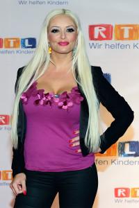 Daniela Katzenberger auf dem RTL-Spendenmarathon 2014 in Hürth bei Köln.