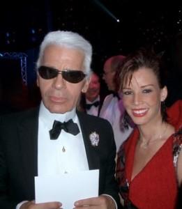 Karl Lagerfeld mit Monica Moss.